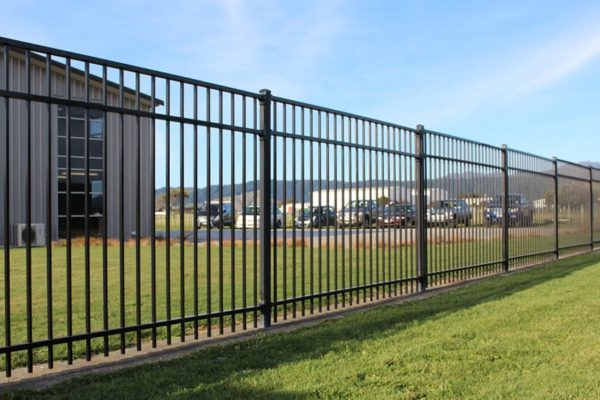 createscape_christchurch_metal_fence